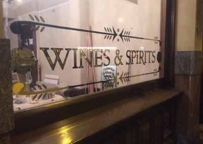 gold-leaf-sign-writing-the-duchess-pub-battersea-2